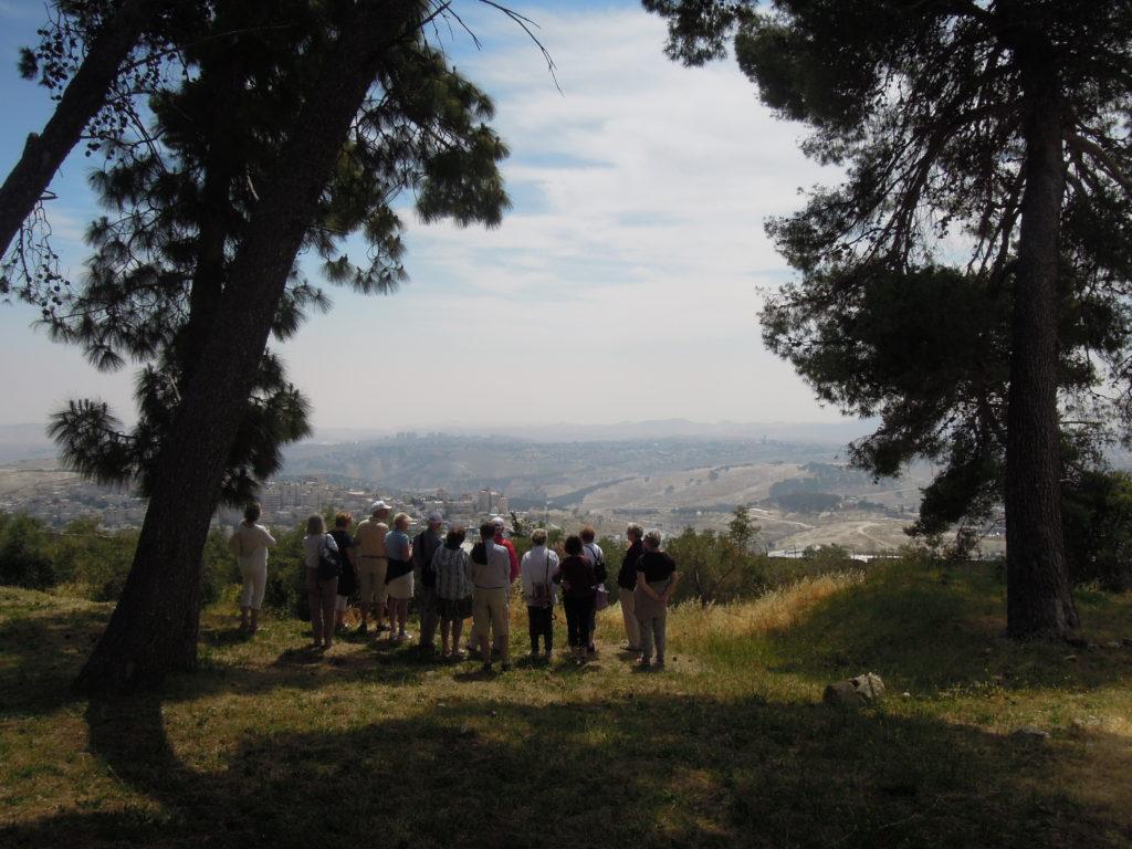 Utsikt österut över Juda öken från sjukhusområdet