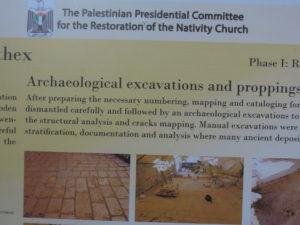 Skylt i födelsekyrkan i Betlehem